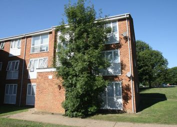 Thumbnail 2 bed flat for sale in Cleves Road, Hemel Hempstead