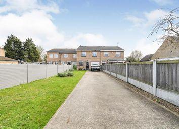 Steeple View, Basildon, Essex SS15. 3 bed terraced house
