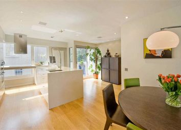Thumbnail 3 bedroom terraced house to rent in Princes Yard, London