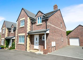 Thumbnail 4 bed detached house for sale in Coffin Close, Highworth, Swindon