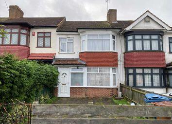Thumbnail Terraced house to rent in Bridgewater Gardens, Edgware