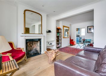 2 bed maisonette to rent in Walton Street, London SW3