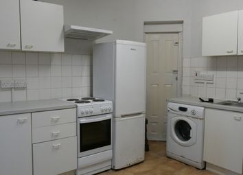 Thumbnail 2 bed flat to rent in Redbridge Lane East, Redbridge