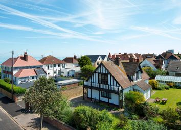 Thumbnail 4 bed property for sale in Pembroke Avenue, Margate