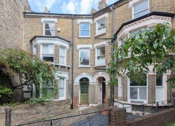 Thumbnail 2 bed flat to rent in Heyford Avenue, Vauxhall