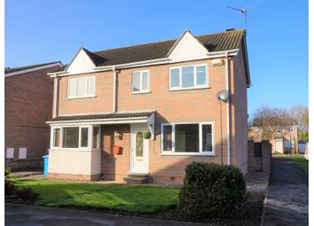 Thumbnail 5 bed detached house for sale in Linnet Drive, Hull