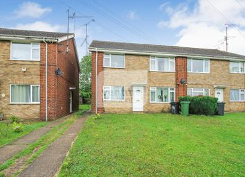 Thumbnail 2 bed flat for sale in Canterbury Close, Luton