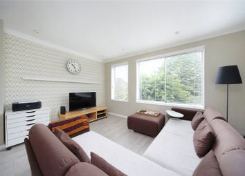 Thumbnail 2 bed flat to rent in Auckland Road, Battersea, London