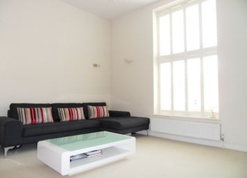Thumbnail 1 bed flat to rent in Kings Avenue, London
