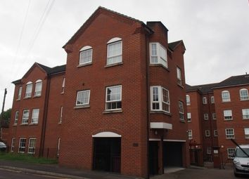Thumbnail 1 bedroom flat for sale in Hunters Wharf, Katesgrove Lane, Reading, Berkshire