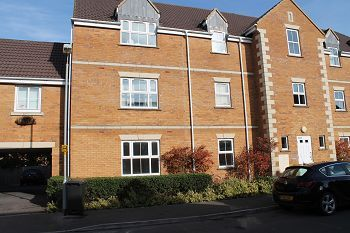 Thumbnail 1 bed flat to rent in Westbury, Wiltshire