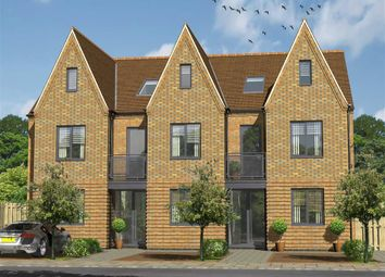 Thumbnail 3 bedroom terraced house for sale in Valkyrie Road, Westcliff On Sea, Essex