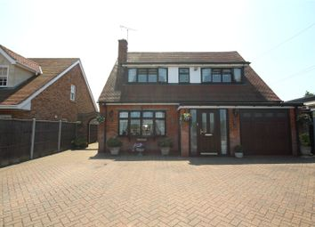 Thumbnail 3 bed detached house for sale in Dunton Road, Steeple View, Essex