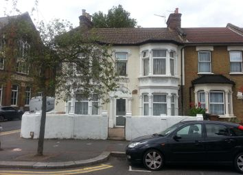 Thumbnail 3 bedroom flat to rent in Ramsay Road, London