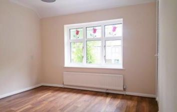 Thumbnail 3 bed property to rent in Goldsbrook Road, Romford