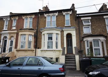 2 bed maisonette to rent in Melford Road, Leytonstone E11