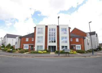 Thumbnail 2 bedroom flat to rent in Millgrove Street, Swindon