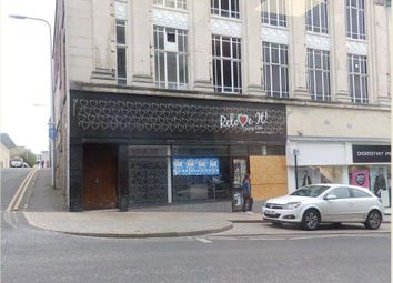 Thumbnail Retail premises to let in 2 Whytescauseway, Kirkcaldy