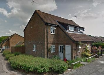 Thumbnail 2 bed property to rent in Fieldfare, Stevenage