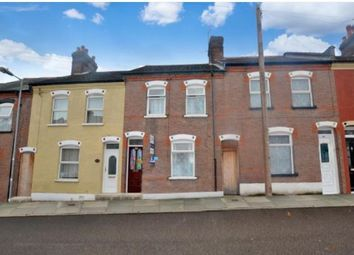 Thumbnail 3 bed terraced house to rent in Warwick Road Wesy, Luton