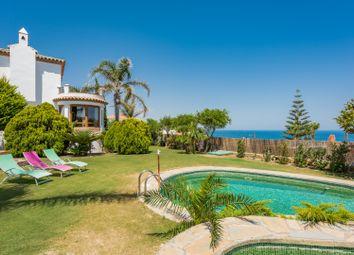 Thumbnail 3 bed villa for sale in Buenas Noches, Estepona, Malaga Estepona