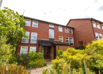 Thumbnail 1 bed flat for sale in Fountain Gardens, Windsor, Berkshire