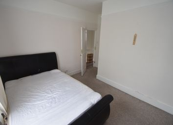 Thumbnail 2 bed flat to rent in Goldsmith Road, New Southgate