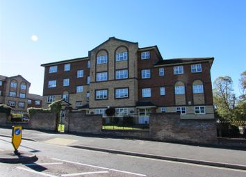 Thumbnail 1 bed flat for sale in Princes Place, Knights Field, Luton