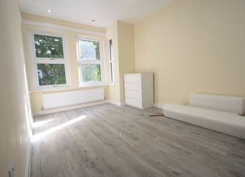 Thumbnail 2 bed flat to rent in Boscombe Road, Wimbledon