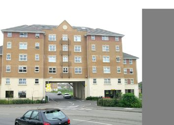Thumbnail 1 bed flat for sale in Pickfords Gardens, Slough