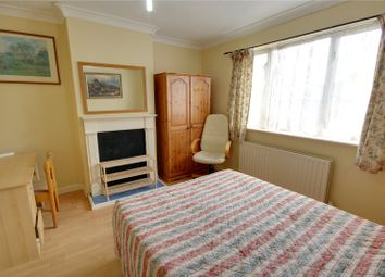 Thumbnail 1 bedroom flat to rent in Ashwood Road, Englefield Green, Surrey