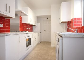 4 bed property to rent in Woodville Street, London SE18