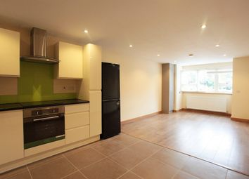 Thumbnail 1 bed flat to rent in Kenmore Road, Kenley