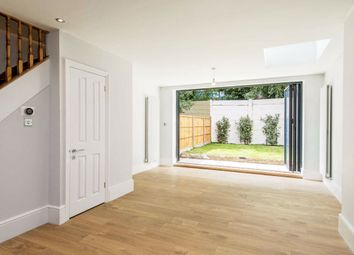 Manchester Road, London E14. 4 bed terraced house
