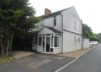 3 bed semi-detached house to rent in Finedon Road, Irthlingborough NN9