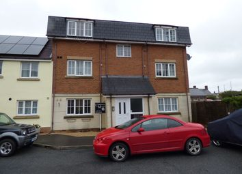 Thumbnail 1 bed flat for sale in Cresscombe Close, Gillingham