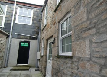 2 bed flat to rent in Cross Street, Redruth, Cornwall TR15