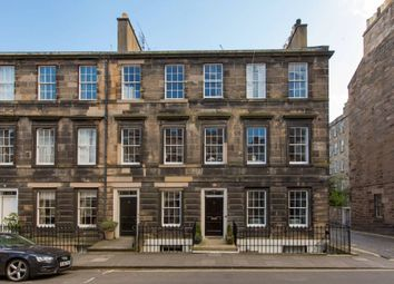 Thumbnail 2 bed flat for sale in 71A Cumberland Street, New Town, Edinburgh