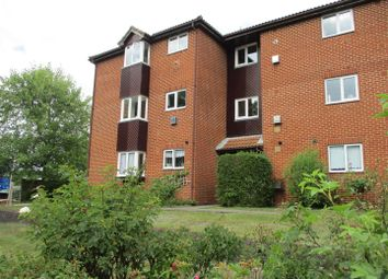 Thumbnail 2 bed flat for sale in Berwick Way, Sevenoaks