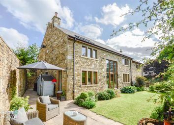Thumbnail 5 bed detached house for sale in Highfield Avenue, Foulridge, Colne