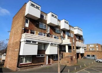Thumbnail 2 bed flat to rent in Railway Square, Brentwood, Essex.