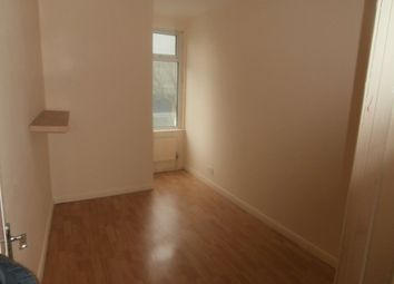 Thumbnail 2 bed flat to rent in High Street South, London