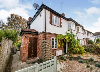 2 bed maisonette for sale in St. Michael's Close, London N12
