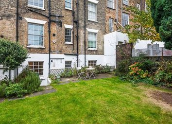 Thumbnail 2 bed flat to rent in Compton Road, Islington, London