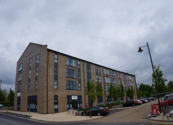2 bed flat to rent in Fire Fly Avenue, Swindon SN2