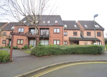 2 bed flat to rent in Turnstone Wharf, Castle Marina NG7