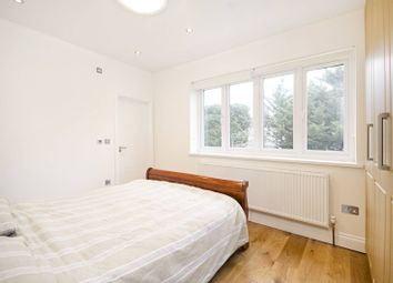 2 bed maisonette to rent in Cranbourne Gardens, Temple Fortune, London NW110Hp NW11