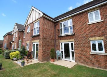 1 bed flat for sale in Bath Road, Calcot, Reading RG31