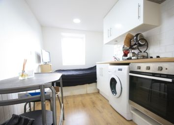 Thumbnail Studio to rent in Walworth Place, Elephant&Castle