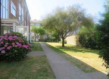 2 bed flat to rent in The Causeway, Goring-By-Sea, Worthing BN12